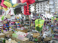 Floristry sundries at Yangiae market